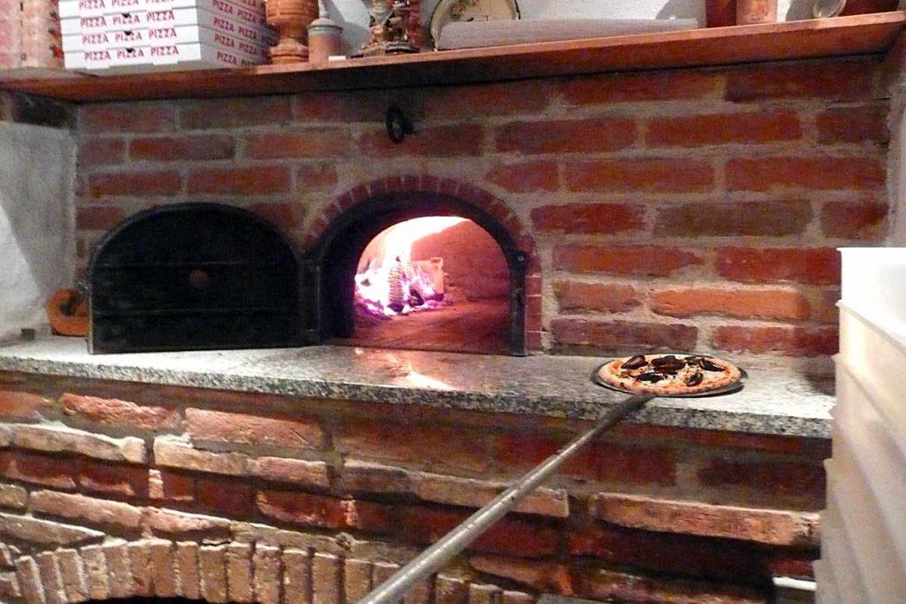 Großer Gastronomie Pizzaofen